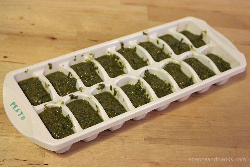 Recipe: Vegan pesto (with a hack for freezing leftovers)