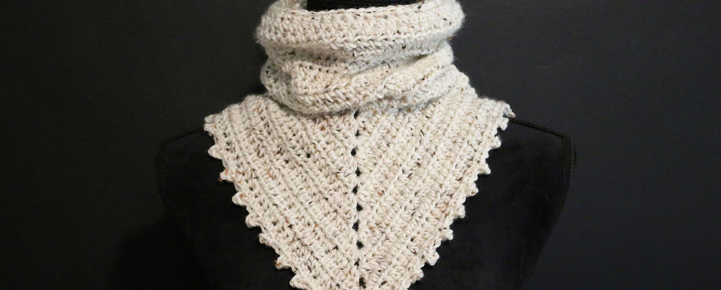 Free crochet pattern: Two-in-one bandana cowl – Spoons & Hooks