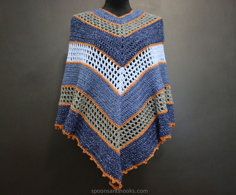 Free crochet pattern: Denim patchwork poncho